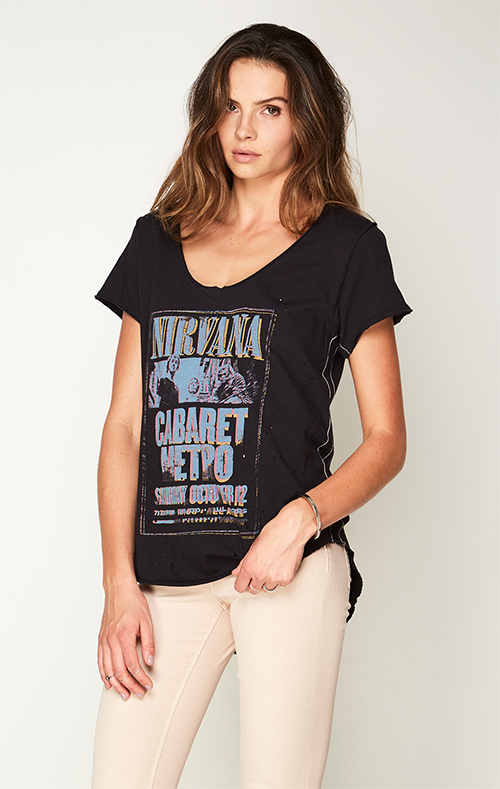 Nirvana shortsleeve V-Neck slub tee